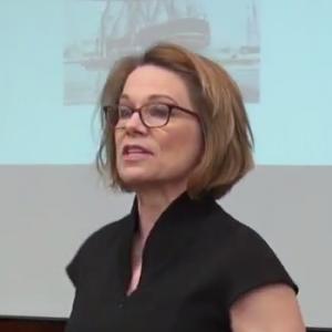 Lynne Kiesling